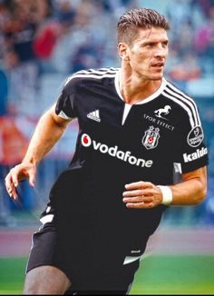 Mario Gomez  So Nice  The best player ever I love it