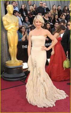 Cameron Diaz in Gucci at the Oscars 2012