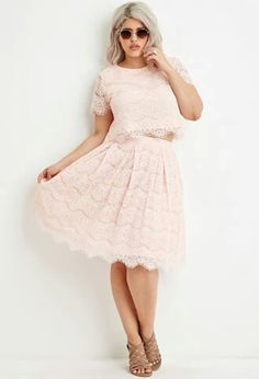 Clothing sets are everything. I love lacey, flirty, soft colors like this pale pink; especially pairing them with cute camel colored sandles like the ones in this picture :)