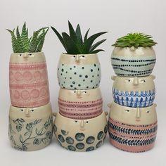 Ceramic pots / The Pottery Parade Pottery Pots, Ceramic Pottery, Ceramic Pinch Pots, Keramik Design, Hand Built Pottery, Painted Jars, Ceramic Tableware, Pottery Painting, Flower Pots
