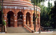 17 Connemara Public Library, Chennai, India