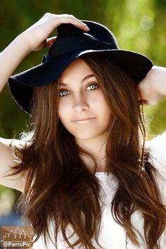 Paris Jackson - Her eyes are so beautiful