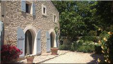 A Vidéki Ház a Nivegy-völgyben Tagyonban, csendes, nyugodt környezetben, a Balatontól 3 km-re található. A házban 6 külön bejáratú apartman áll az Önök ... (Luxuslakások, házak)