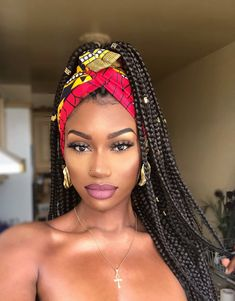 2019 Haircut trends: Give that old-fashioned v cut hair a rest and try these modern and trendy hairstyles. 2019 Haircut trends: Give that old-fashioned v cut hair a rest and try these modern and trendy hairstyles. Scarf Hairstyles, Trendy Hairstyles, Girl Hairstyles, Black Hairstyles, Hairstyles For Box Braids, Hairstyles 2016, Box Braids Updo, Jumbo Braids, African Braids Hairstyles