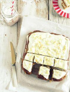 love affair on a plate: Dyniowe ciasto z kremem mascarpone i masłem orzechowym