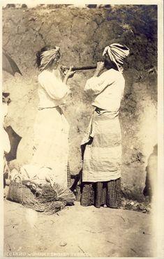 http://www.ebay.com/itm/PHILIPPINES-ILOCANO-WOMEN-SMOKING-TOBACCO-c1916-RPPC-Photo-Postcard-/371310278867?pt=LH_DefaultDomain_0