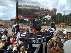 Jordan Nolan #LAKings #stanleycup @HockeyHallFame @NHL greeting fans at Garden River Community Centre.