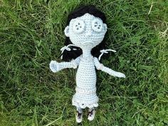 Free pattern for 'Ghost Child Doll Inspired by Coraline'!.