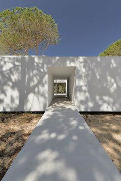 House in Colares II / Frederico Valsassina Arquitectos. Image © Ricardo Oliveira…
