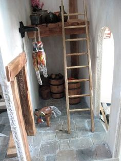 The Tudor / Medieval / Jacobean / Queen Anne Dollhouse Project: 1:12 scale rustic ladder tutorial