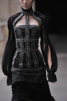 Elegant Structuring - black dress with mixed materials, gathered textures  flowing sleeves; fashion details // Alexander McQueen