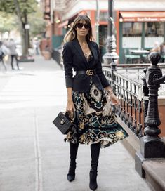 Mode & Pop Art – Women's fashion – Moda Mode Outfits, Fall Outfits, Fashion Outfits, Fashion Trends, Blazer Fashion, Fashion Skirts, Fashion Boots, Fashion Ideas, Fashion Moda