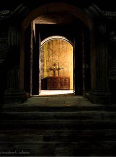 Outlander set doorway