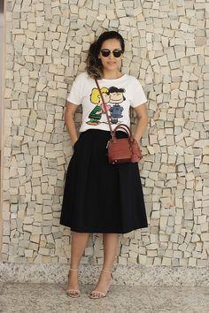 Look da Camis | Camila Gomes: Blusa Riachuelo, Saia Zara, Óculos Ray Ban, bolsa Zara, Sandália Schutz