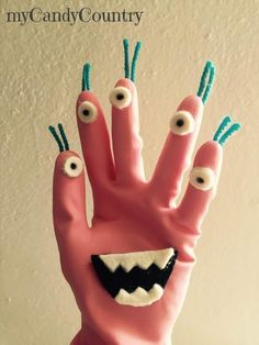 monster glove for halloween our outerspace theme preschool Fairy Halloween Costumes, Halloween Crafts For Kids, Fun Crafts For Kids, Halloween Themes, Art For Kids, Diy And Crafts, Halloween Diy, Happy Halloween, Halloween Desserts