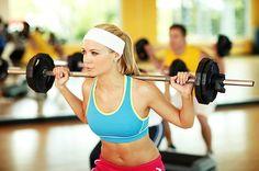 6 ejercicios de gimnasio que estás haciendo mal (y cómo hacerlos bien) | LIVESTRONG.COM en Español