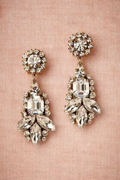 Love these!!!!! Now Trending: Blush Pink - Gorgeous bridal earrings http://www.theperfectpalette.com/2014/05/now-trending-blush-pink-vintage.html