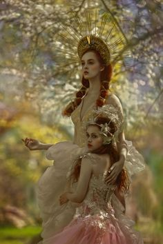 Photographer: Agnieszka Lorek - A.Lorek Photography Designer: Magdalena Wilk- Dryło and Małgorzata Motas Models: Ophidia and Julka Stankiewicz by darkbeautymag Foto Fantasy, Fantasy Art, Dark Beauty, Fantasy Photography, Fashion Photography, Fantasia Marilyn Monroe, Costume Original, Elfen Fantasy, Art Magique