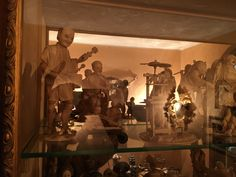 Impressive great collection of antique japanese top quality ivory carvings - call Danilo 0039 335 6815268