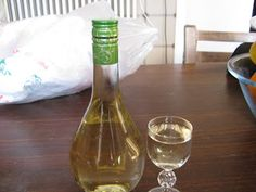 Wine Decanter, Barware, Food And Drink, Drinks, How To Make, Blog, Recipes, Lemon, Kitchens