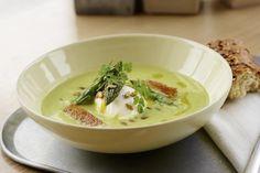 Aspargessuppe med posjert egg
