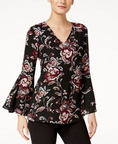 Alfani V-Neck Poet-Sleeve Top, Created for Macy's - Black 2 Blouse Patterns, Blouse Designs, Bell Sleeve Blouse, Bell Sleeves, Casual Wear Women, Western Dresses, Blouse Vintage, Blouses For Women, Ideias Fashion