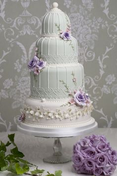 Lookbook: vintage #wedding cake ideas http://www.weddingandweddingflowers.co.uk/article/98/lookbook-vintage-wedding-cake-ideas
