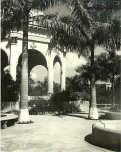 1930-1940. Glorieta y parte del entorno del Parque llamado entonces Julia Molina en honor a la madre del presidente Trujillo. Hoy Parque Enriquillo.