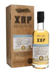 bunnahabhain-1990-25-year-old-xtra-old-particular Whiskey Drinks, Whiskey Bottle, Vodka Bottle, Isle Of Jura, Japanese Whisky, Single Malt Whisky, Wine And Beer, Scotch Whisky, Distillery