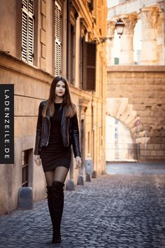 Discover overknee boots on a store line and style in casual chic. You can combine the boots w Casual Chic, Casual Look, Girl Fashion, Fashion Outfits, Womens Fashion, Black Boots Outfit, Fall Outfits, Casual Outfits, Outfits Damen