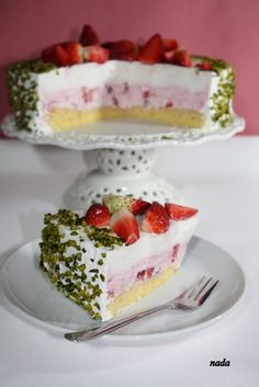Strawberry Yogurt Cake by coolrecpti #Cakes #Strawberry #Yogurt