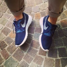 Nike Rosherun: I Love It! by Gabriele Giuzzi on @sbaam http://sba.am/8ub4t1rrop #Shoes #Nike #Fitness #Fashion #Style #Cool #Outfit #Blog #Blogger #FashionBlog #FashionBlogger