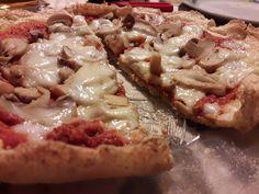 Un'alternativa alla pizza classica, da gustare in compagnia senza appesantirsi e senza sensi di colpa. Ecco la pizza fit di albumi!
