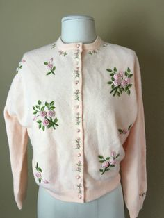 Vintage 1950's Mawah Co Irene floral embroidered cashmere cardigan sweater M/L