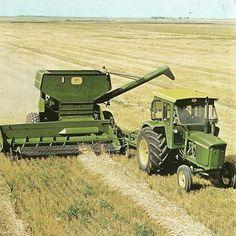 John Deere  106 Pull type Combine