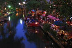 Places to visit in Texas: traditional Christmas fare | Texas Farm Bureau Insurance blog