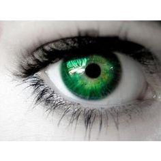 Finally! I found some nice and light and creepy green Nolan eyes @Alayna Caryl Windham