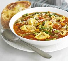 Hearty pasta soup - low fat low calories EASY!