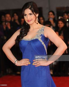 Zarine Khan walks the red carpet at The Times Of India Film Awards on April 2013 in Vancouver, Canada. Get premium, high resolution news photos at Getty Images Bollywood Stars, Bollywood Fashion, Zarine Khan Hot, Most Beautiful Bollywood Actress, Stylish Girl Pic, Film Awards, Indian Celebrities, India Beauty, Actress Photos