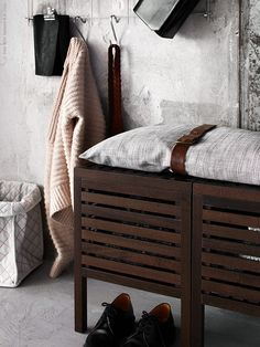 Two MOLGER pallets with storage form a practical bench in the hall. The cushion we have made with ISUNDA pillow case fitted with a decorative detail of an old belt. Furniture, Storage And Organization, Home, Storage Bench, Interior Design Inspiration, Ikea Storage, House Rooms, Storage, Interior Inspo