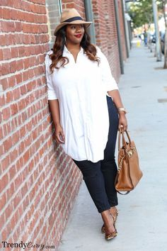 Love this look. Classic and so modern. Plus Size Fashion for Women - Trendy Curvy