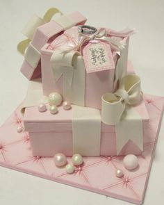 I'm sure this will outcast all the gifts in that party. Hat Box Cake, Gift Box Cakes, Gift Cake, Girly Cakes, Fancy Cakes, Fondant Cakes, Cupcake Cakes, Cupcakes, Beautiful Cakes
