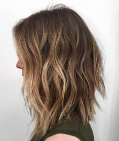 35 Balayage Hair Color Ideas for Brunettes in The French hair coloring technique: Balayage. These 35 balayage hair color ideas for brunettes in 2019 allow to achieve a more natural and modern eff. Balayage Brunette, Hair Color Balayage, Caramel Balayage, Caramel Highlights, Blonde Color, Long Brunette, Brown Blonde, Long Bob Bayalage Brown, Long Bob With Balayage