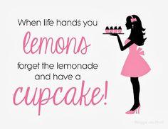 Giggle and Print: cupcake
