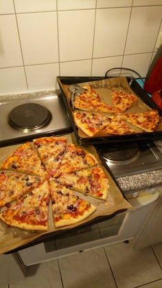 Jamie Oliver Pizza, Creative Pizza, Snap Food, Taco Pizza, Food Platters, Hungarian Recipes, Food 52, Food Cravings, Pasta Dishes