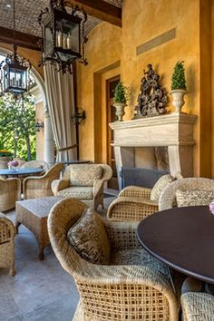 Tuscan decor – Mediterranean Home Decor Outdoor Living Areas, Outdoor Rooms, Outdoor Furniture Sets, Living Spaces, Outdoor Decor, Rattan Furniture, Tuscan Design, Tuscan Style, World Decor