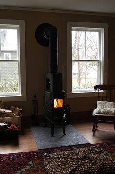 wood stove and hearth Antique Stove, Stove Fireplace, Log Burner, Hearth And Home, Cabins And Cottages, Pellet Stove, Stove Heater, New Homes, Loft