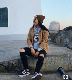 47 Elegant Tomboy Teenage Ideas For Fall Winter While many pa Tomboy Outfits Elegant fall ideas skatergirloutfits Teenage Tomboy Winter Cute Tomboy Outfits, Swag Outfits For Girls, Teenage Outfits, Teen Fashion Outfits, Retro Outfits, Grunge Outfits, Tomboy Clothes, Tomboy Winter Outfits, Tomboy Swag