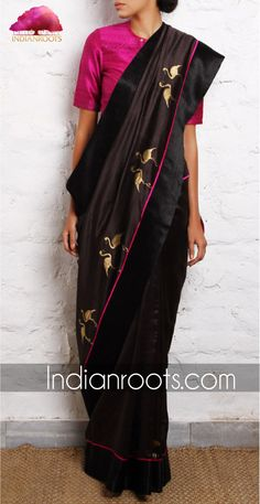 Flamingo black Chanderi handwoven saree by Raw Mango Indian Look, Indian Ethnic Wear, Ethnic Fashion, Indian Fashion, Women's Fashion, Indian Dresses, Indian Outfits, Moda Indiana, Black Saree