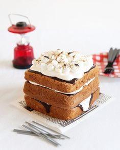Photography and project styling by Athena Plichta for A Subtle Revlery - Graham crust recipe adapted from Taste of Home, and marshmallow cream frosting adapted from Pioneer Woman